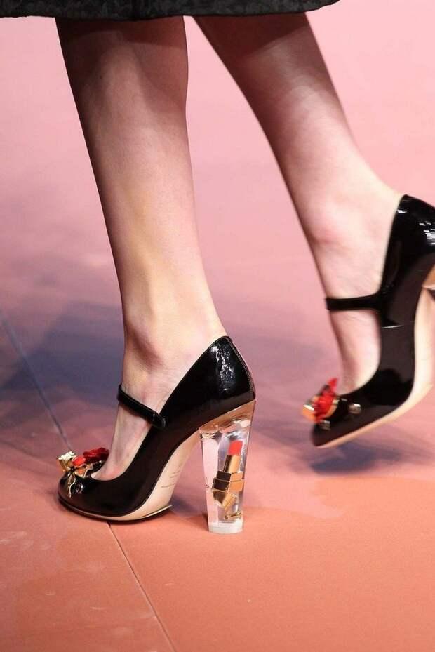 Обувь в стиле «мэри-джейн»: с чем носить весной 2021