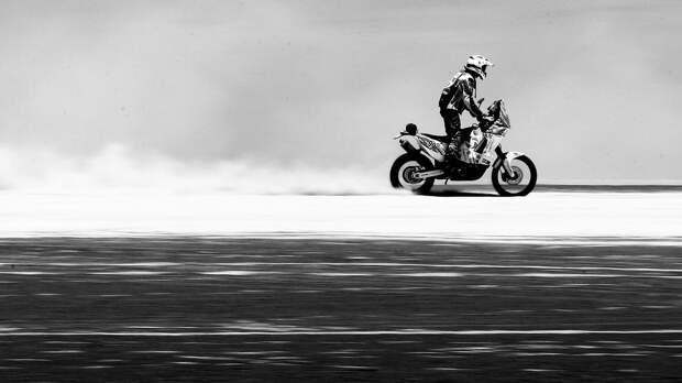 Французский мотогонщик Шерпен скончался в результате травм, полученных на этапе «Дакара»