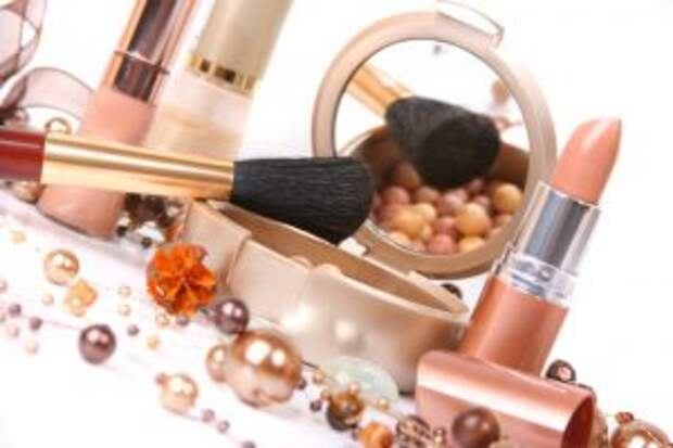 Как выбрать декоративную косметику?