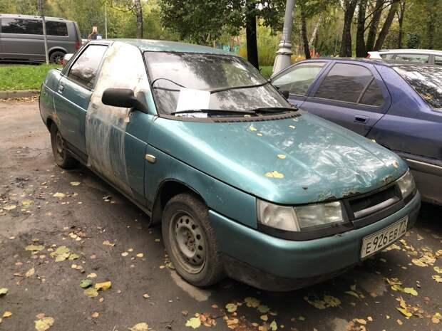 Брошенный автомобиль обнаружили в Путевом проезде