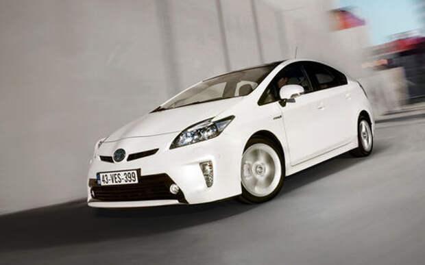 Toyota снова отзывает гибриды в России