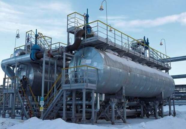 A view shows an oil and gas processing plant in the Yarakta Oil Field, owned by Irkutsk Oil Company (INK), in Irkutsk Region, Russia March 10, 2019. Picture taken March 10, 2019. REUTERS/Vasily Fedosenko