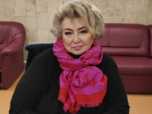 """""""Семейный портрет"""": фанаты не узнали Тарасову на домашнем фото с семьей Ягудина"""
