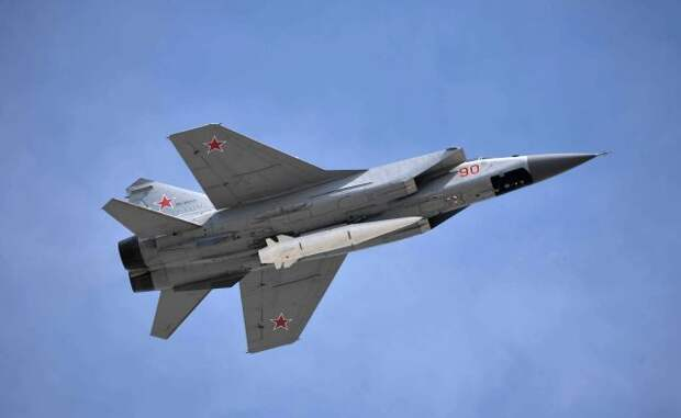 МиГ-31 сопроводил самолет ВВС США над Баренцевым морем