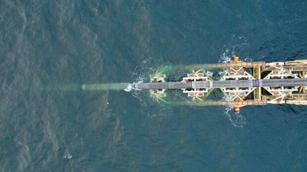 Судно снабжения для «Северного потока-2» направили в Германию
