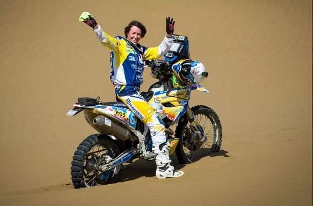 В гонке «Дакар» на мотоциклах россиянка вписала свое имя в историю спорта