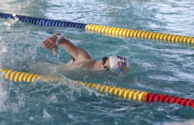 Новый спортклуб с бассейном открыли в Южном Медведкове