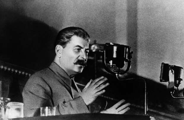 """Борис Бажанов о Сталине: """"Скрытен и хитёр чрезвычайно. Мстителен необыкновенно"""""""