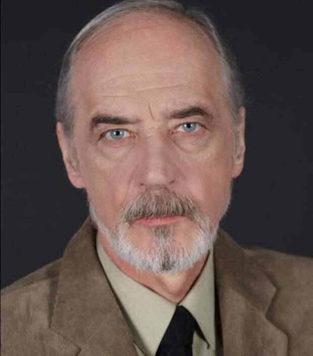 Евгений Данчевский (/www.kino-teatr.ru)