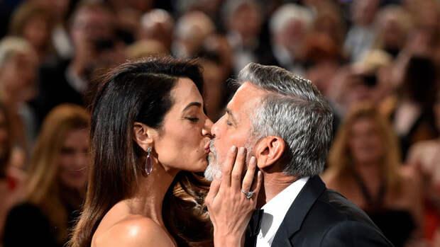 """Скорая помощь, томаты-убийцы и """"Оскар"""": Джорджу Клуни - 60"""