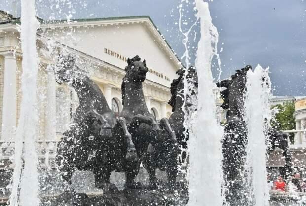 В Москве назвали дату отключения фонтанов