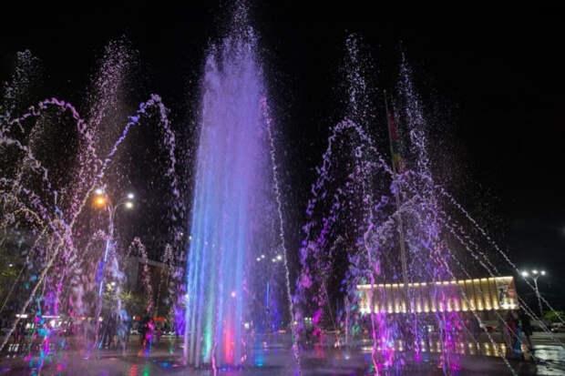 В Краснодаре фонтаны на Главной городской площади запоют классическими мелодиями