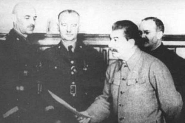 «Вернуть майору его барахло». Весьма показательный случай из жизни Сталина