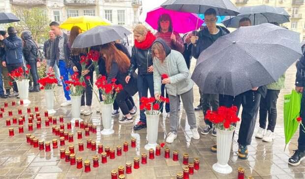 Панихида пожертвам трагедии вКазани началась вРостове