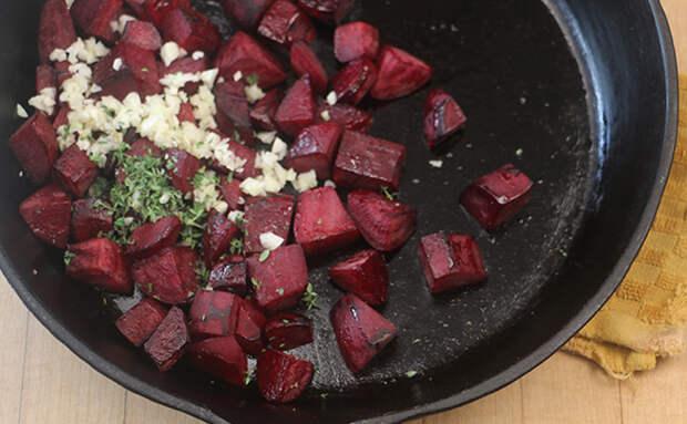 Жарим свеклу на сковороде. За 5 минут заурядный овощ становится деликатесом