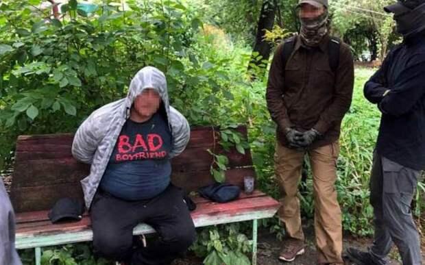 В Брянске задержали торговца оружием