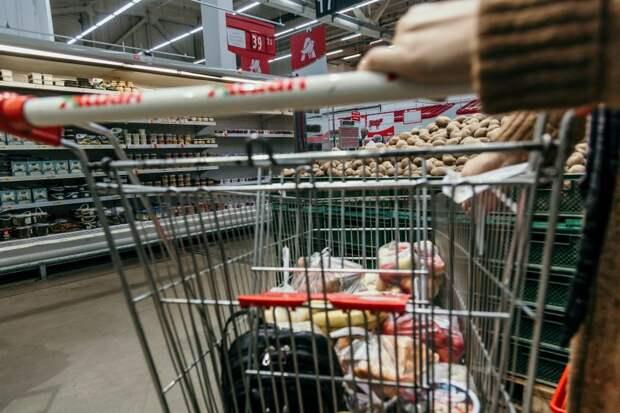 Магазины должны обеспечить социальную дистанцию между покупателями