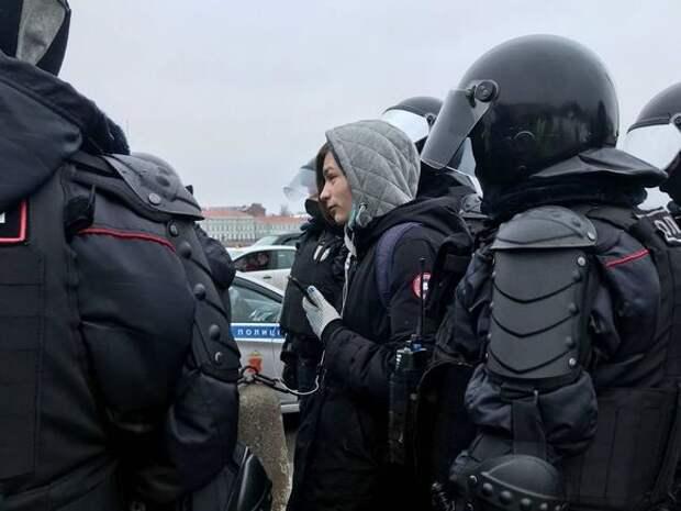 Омская полиция потребовала от оппозиционеров компенсацию за работу на митинге в выходной