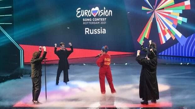 Манижа заявила, что имеет право называть себя русской женщиной