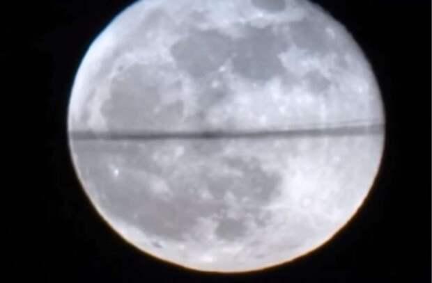 Феномен с Луной... Благовещенск. Куда делась половина лунного диска?