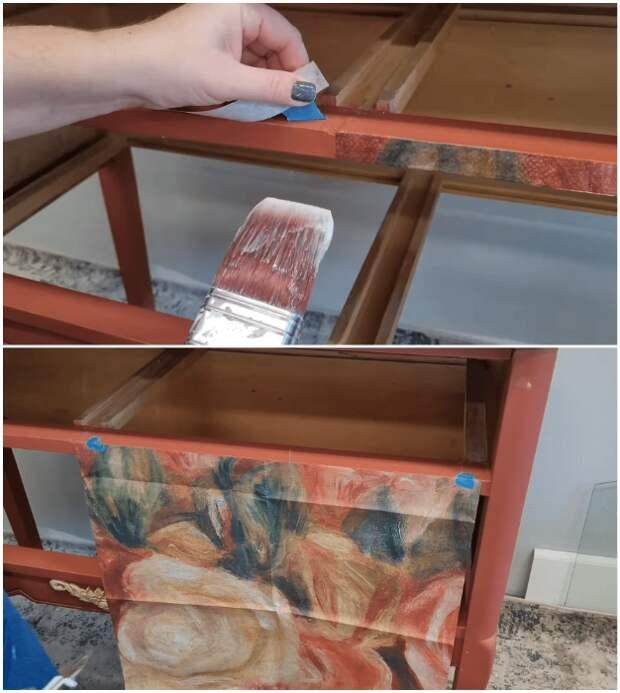 На вертикальных поверхностях полотна бумаги можно придерживать с помощью малярного скотча или изоленты.