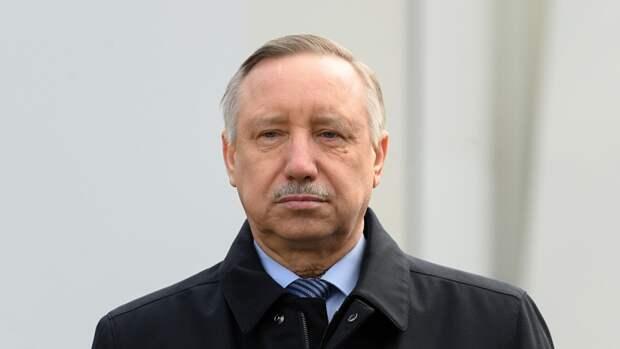 Беглов возложил цветы к представительству Татарстана в Петербурге