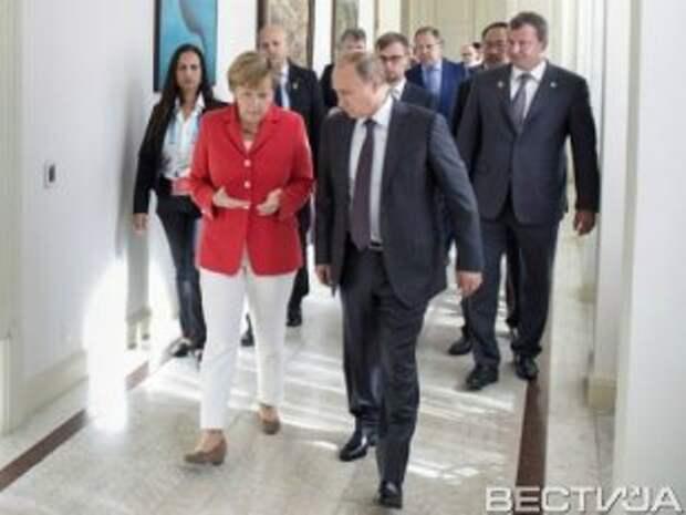 Меркель потребовала у Путина разъяснений
