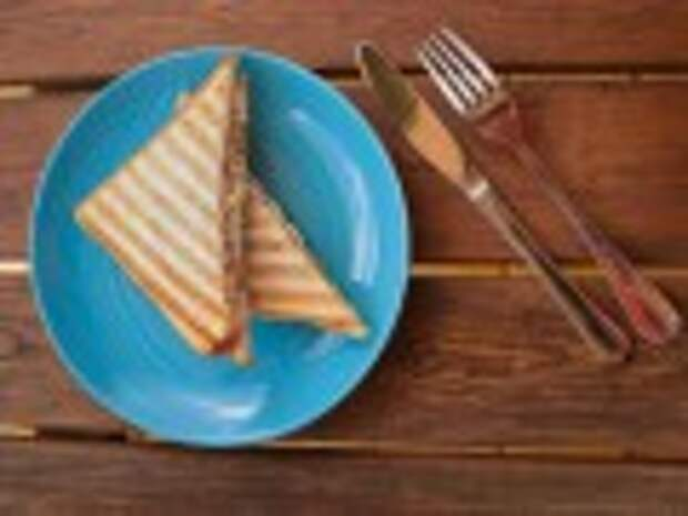 Вкусно и просто: бутерброды с сайрой