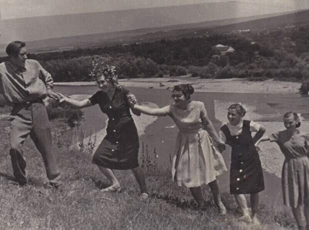 Городские и Деревенские. Фото советской молодёжи 60-х годов