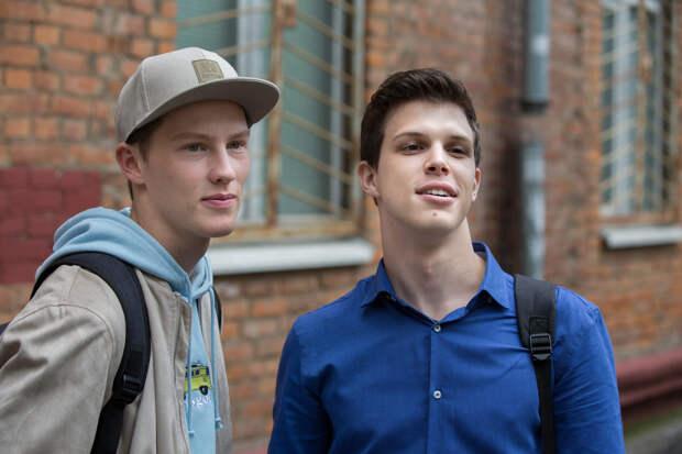 Студенты Григорий Верник и Иларион Маров займутся волонтерством
