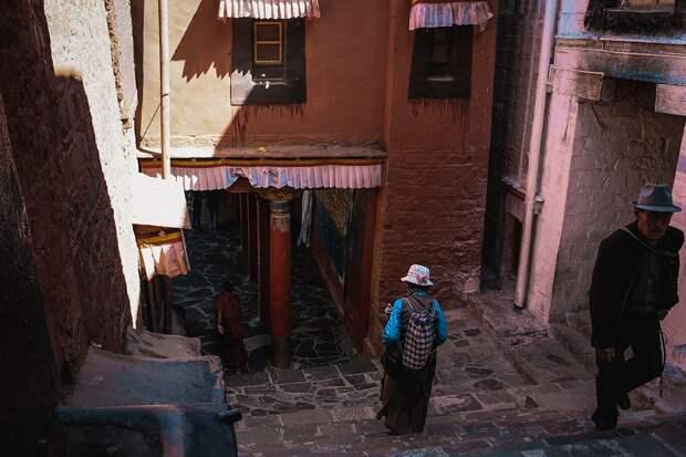 shigadze19 В поисках волшебства: Шигадзе, резиденция Панчен ламы и китайский рынок