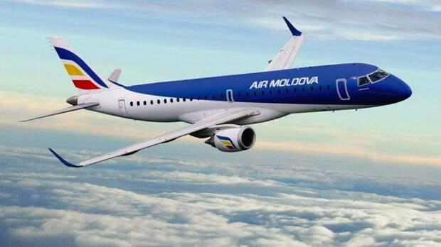 Самолет вернулся в Домодедово из-за вибрации в двигателе