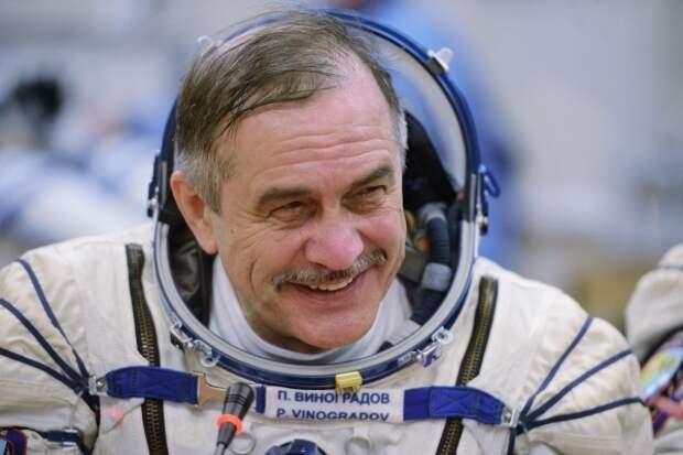 Космонавт заявил о невозможности развивать отрасль без полётов людей на другие планеты