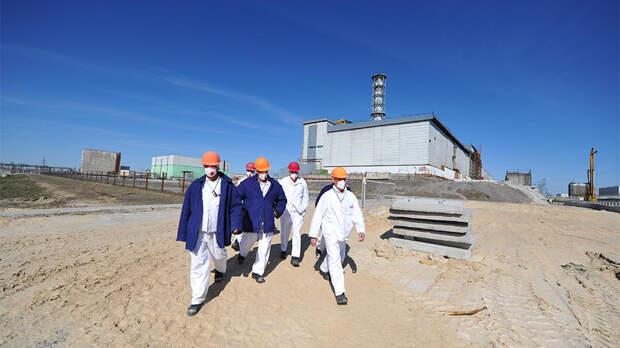 В Чернобыльской АЭС усилились опасные ядерные реакции