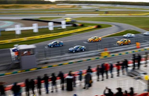 Команда LADA Sport ROSNEFT – триумфатор российской серии кольцевых гонок