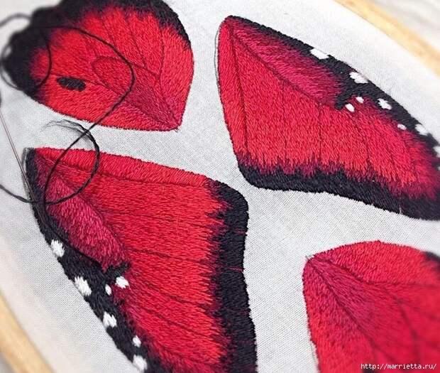Объемная вышивка. БАБОЧКИ (18) (700x593, 421Kb)