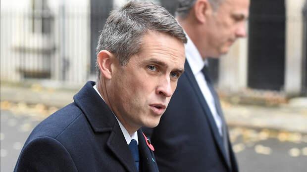 """Британская пресса: вместо России """"заткнуться и уйти"""" пришлось министру Уильямсону"""