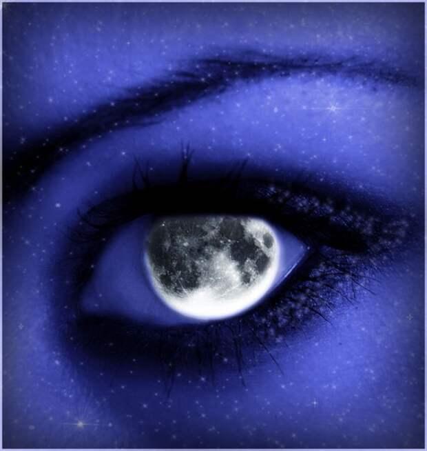 луна вместо зрачка глаза девушки