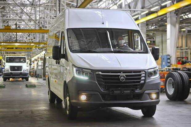 Дилер раскрыл оснащение новой «ГАЗели»: есть LED-фары и система ADAS