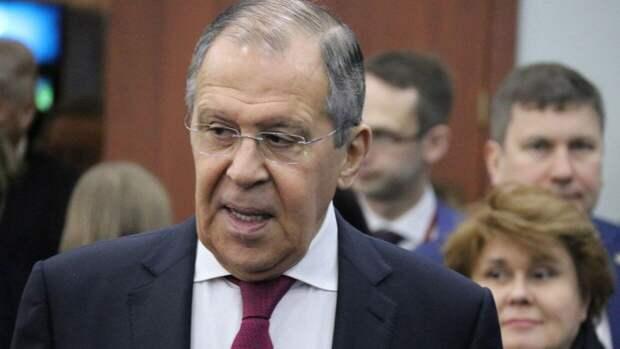 Сергей Лавров заявил об отсутствии иллюзий по поводу встречи Путина и Байдена