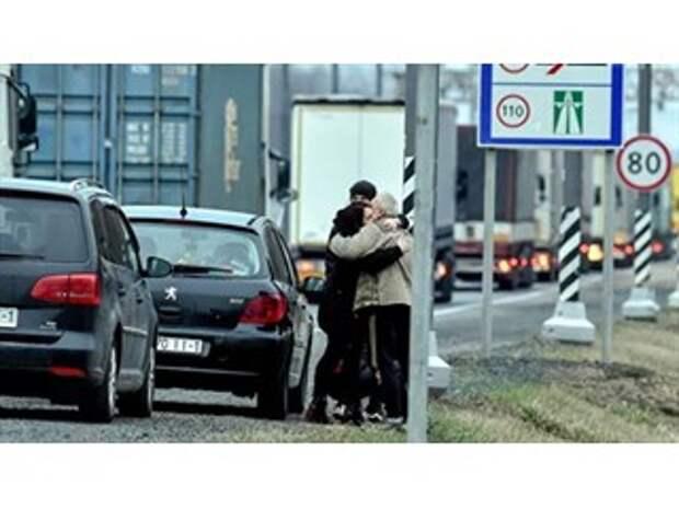 """""""Пугают российскими танками"""". Что творится на границе с Белоруссией"""