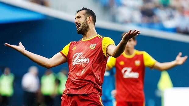 Григалава дисквалифицирован на 3 матча за удаление в игре с «Уфой»