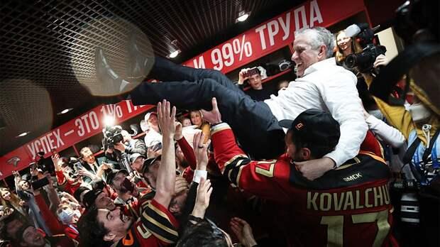 """Хартли бросит чемпионский """"Авангард"""" ради НХЛ? В США говорят, что его контракт может быть прерван"""