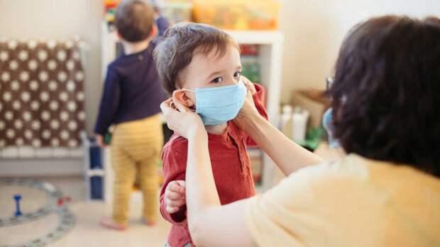 Гинцбург рассказал, когда в России может появиться вакцина от COVID-19 для детей