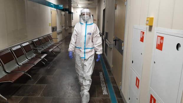 Менее восьми тысяч россиян заразились коронавирусом за последние сутки