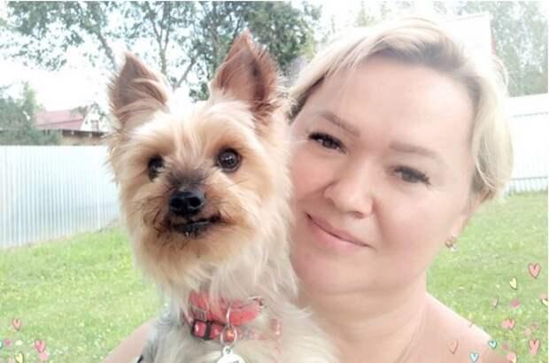 Социальный работник из Выхина-Жулебина приютила собаку своей подопечной