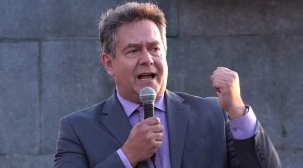 Платошкин призывает всех подать в суд на Путина и Мишустина