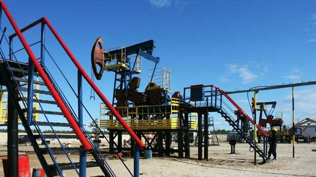 Двухлетний максимум: цена нефти Brent превысила $75 за баррель
