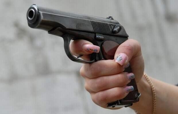 Жительница США выстрелила во владельца салона из-за высокой цены маникюра