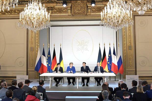 В Москве ответили на желание Зеленского выйти из «нормандской четвёрки»
